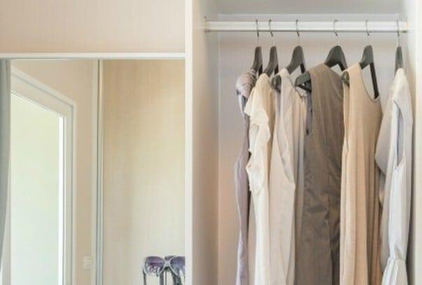 Curating a Capsule Wardrobe Closet