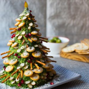 christmas tree cheese and crackers
