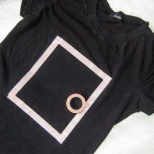 DIY Cross Sticthed Skull Tee Shirt 5
